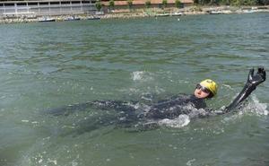 Un nadador tolosarra intentará batir un récord mundial por una causa solidaria