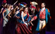 Aires de revista en una «alocada» ópera