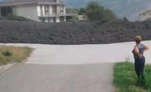 Un espectacular torrente de lodo en Suiza