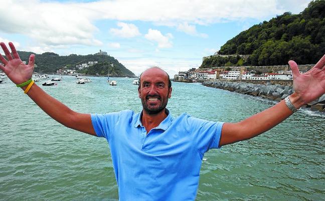 25 horas a nado contra viento, marea y la ELA