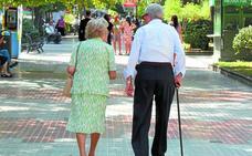 Euskadi afronta el desafío de atender a la población más longeva de Europa
