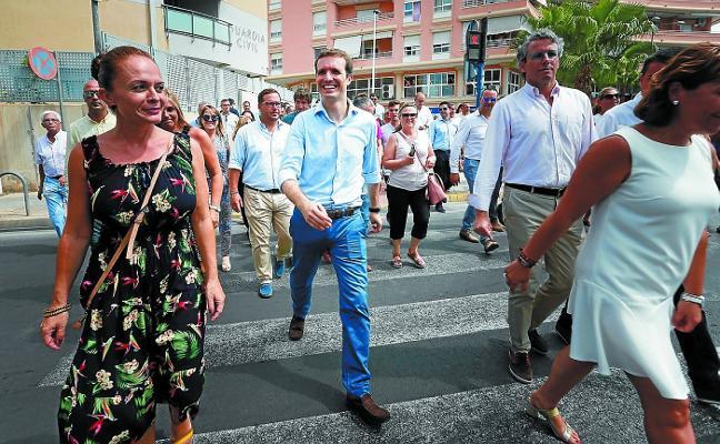 Casado avisa al Gobierno de su oposición frontal al acercamiento de presos de ETA