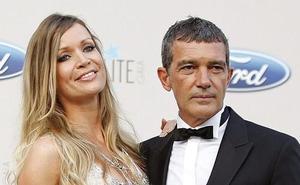 Antonio Banderas cumple 58 años junto a su novia Nicole Kimpel