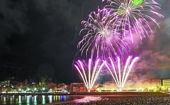 Salidas en barco para presenciar los fuegos artificiales de Donostia
