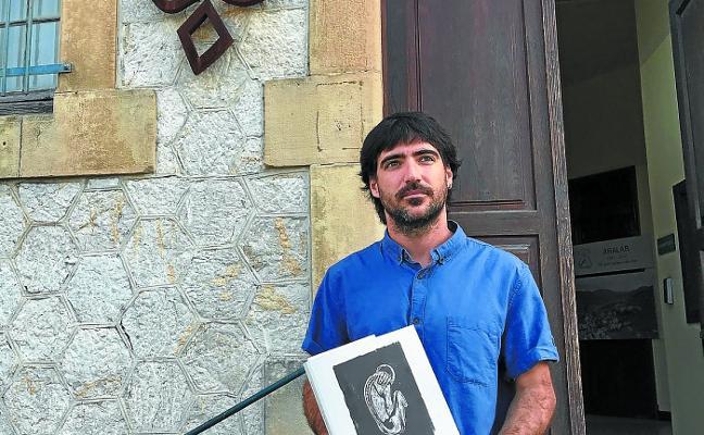 Jabier Buces: «El de Azpeitia es el Ayuntamiento más adelantado en recrear lo que sucedió desde la Guerra Civil»