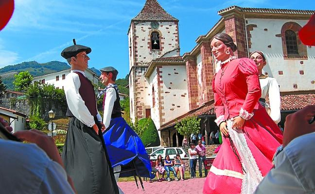 Sunbilla continúa con sus fiestas y la próxima semana estalla la comarca