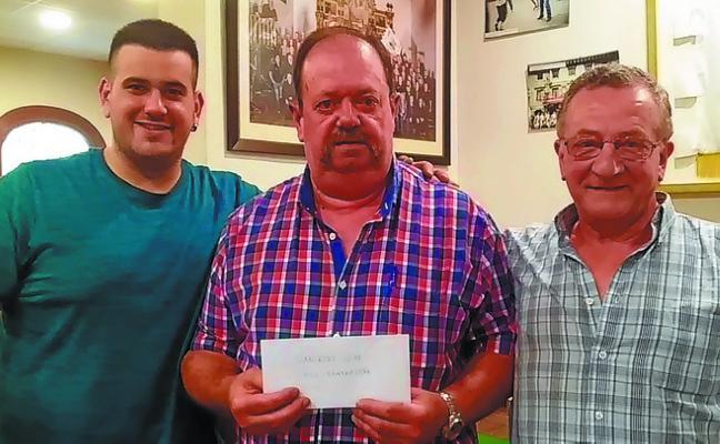 Joxan Salaberria y Pello Jauregi ganan el torneo de mus de fiestas de San Roke