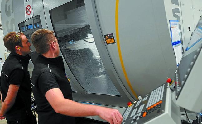 La facturación de la industria vasca subió un 8,2% en el primer semestre y los pedidos un 6%