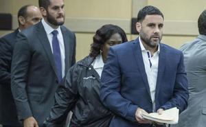 La familia de Pablo Ibar denuncia la estrategia de la Fiscalía de intentar «retrasar todo»