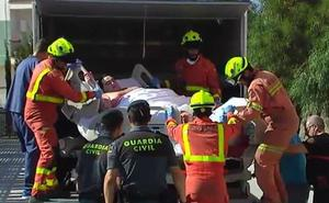 Trasladan a un valenciano de 350 kilos a un centro de salud tras salir del hospital