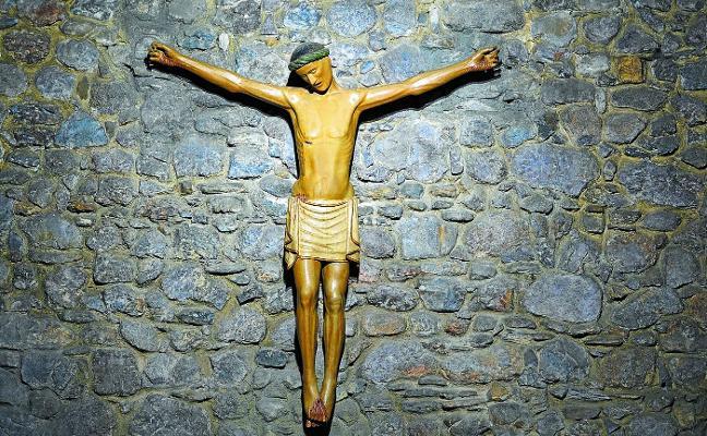 El cristo imberbe, emblema de Azitain