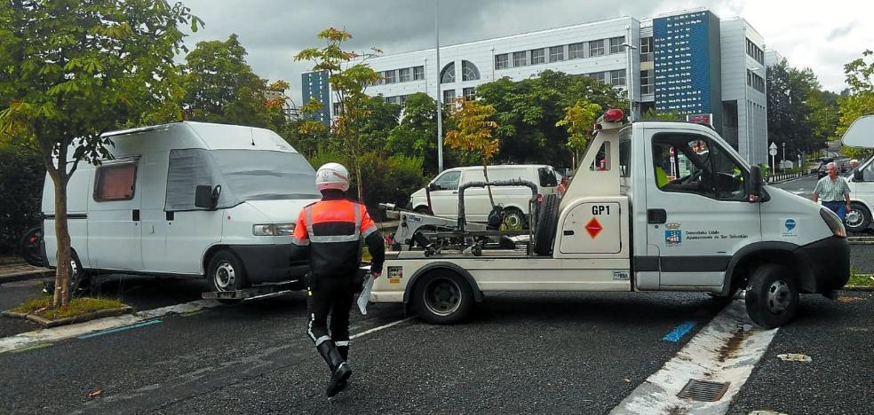 San Sebastián multa a cuatro caravanas cada día