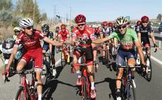 Kruijswijk, Mas y Viviani, confirmados para la Vuelta