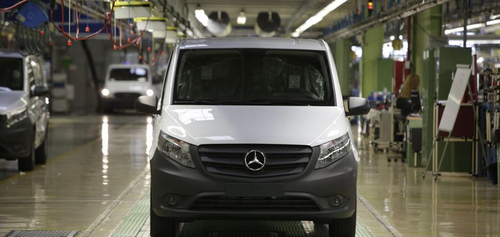 Mercedes acelera los trabajos para fabricar en Vitoria las primeras 400 Vito eléctricas