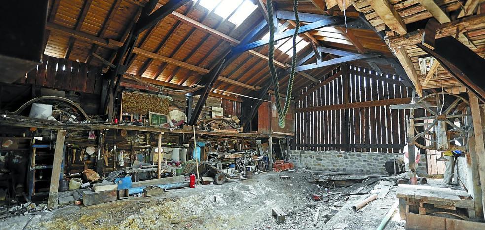 La recuperación del último astillero de ribera de Gipuzkoa culminará en otoño