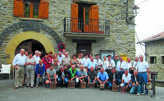Gran ambiente y mucha música en San Roke