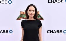 Angelina cambia de abogado