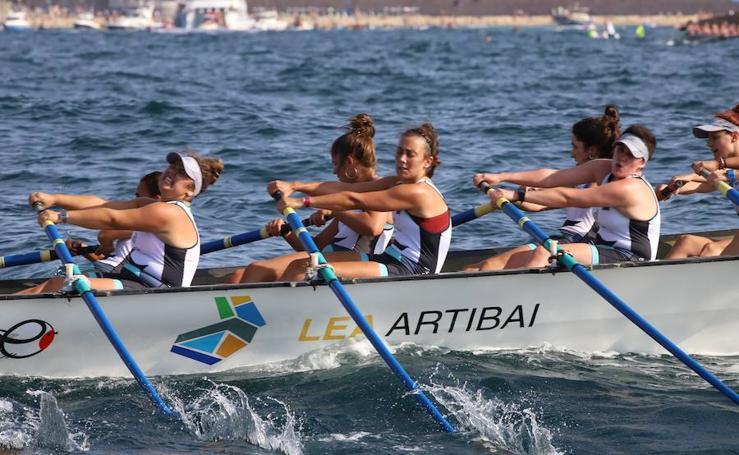 Así ha sido la regata femenina de la clasificatoria de la Bandera de La Concha