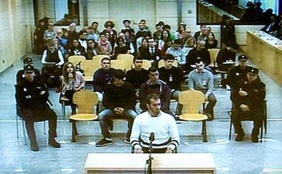 Trasladan a otros dos condenados por la agresión de Alsasua desde Madrid a cárceles de Álava y Pamplona