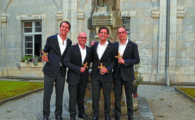 Cuatro nuevos jesuitas realizaron el sábado sus primeros votos en Loiola