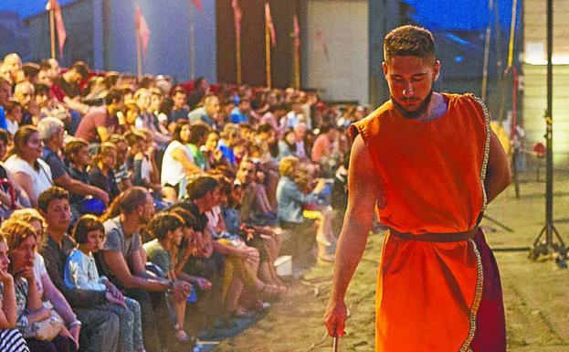 Una de las sesiones nocturnas que ofreció el circo romano./DE LA HERA