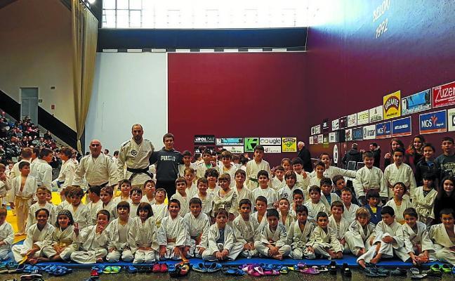 El judo «favorece las capacidades intelectuales de los alumnos»