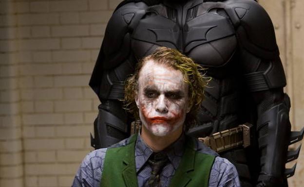 Disparan, apuñalan y desfiguran con la 'sonrisa del Joker' a un hombre en Marbella
