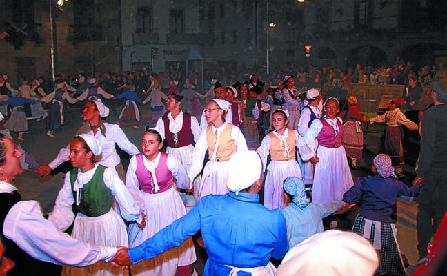 Un sábado dedicado al folclore