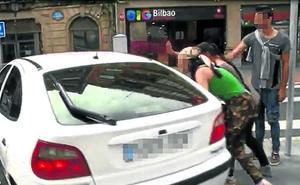 Los dos menores de 14 años asumen el crimen del matrimonio de octogenarios de Bilbao