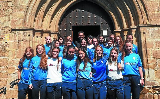 El estadio Argixao acoge el Torneo Triangular de fútbol femenino esta mañana