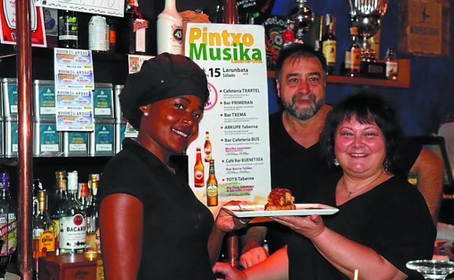 Aterpea logró su objetivo con un 'Pintxo-Musika' bastante participativo