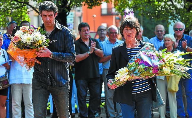 Homenaje en Andoain al guardia civil jubilado Villafañe, asesinado por ETA