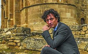 Andrés Pascual: «Al final lo más cercano y esencial es lo más universal»