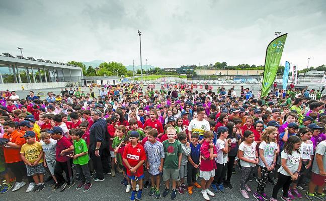Eskola Kirola abre un nuevo curso de actividad deportiva en euskera