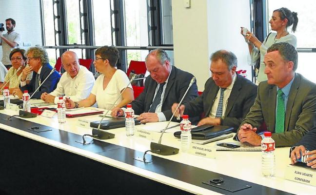 Lehendakaritza acoge una discreta cumbre al más alto nivel para reactivar el diálogo social