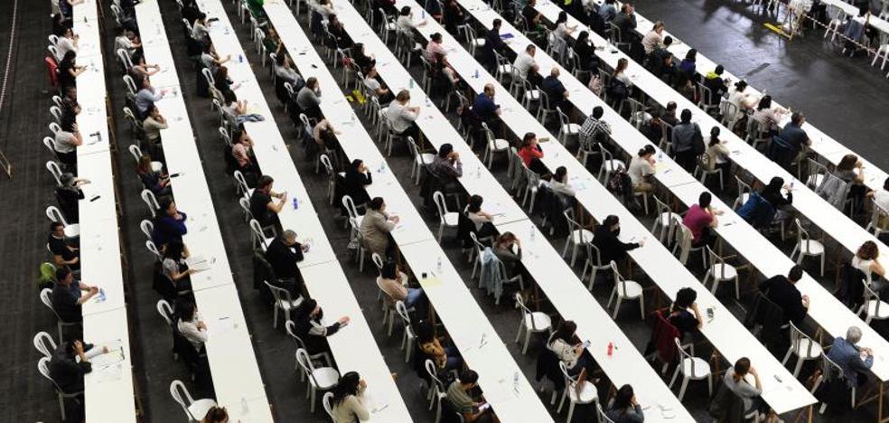 La oposición acusa a Osakidetza de cerrar «en falso» la investigación de la OPE