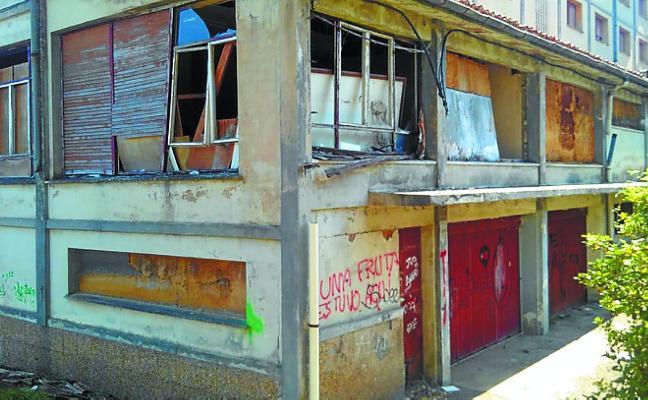 Irabazi denuncia la situación de la pensión de San Martín y de la antigua fábrica de FPS
