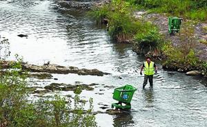 Nueva campaña de limpieza del río