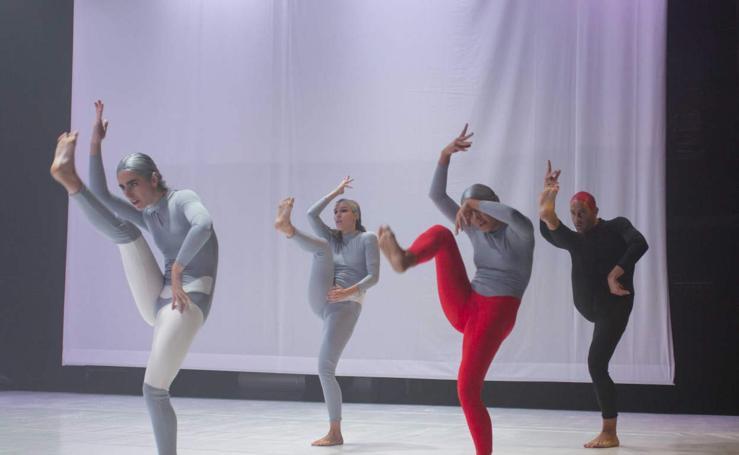 La compañía Lasala presenta 'Luz' en el Gazteszena