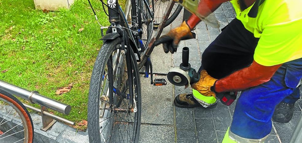 Operación limpieza contra bicis en Donostia
