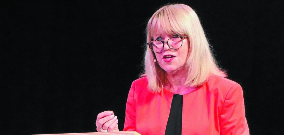 Elin Kvande: «Euskadi necesita un horario laboral adecuado a la vida familiar y social»