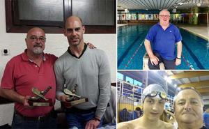 La natación guipuzcoana homenajea a tres entrenadores por su larga trayectoria