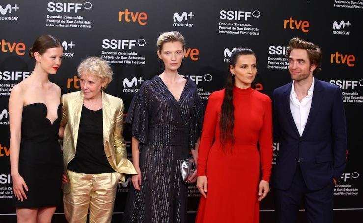 Robert Pattinson, el más aclamado en la alfombra roja