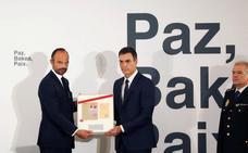 Sánchez y Philippe reivindican para las víctimas de ETA «el relato de la verdad del terrorismo»