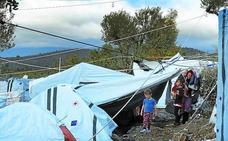 «Las tormentas han hecho más miserable la vida en el campo de refugiados de Lesbos»