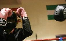 El boxeo femenino tiene cada vez más 'gancho' en Gipuzkoa