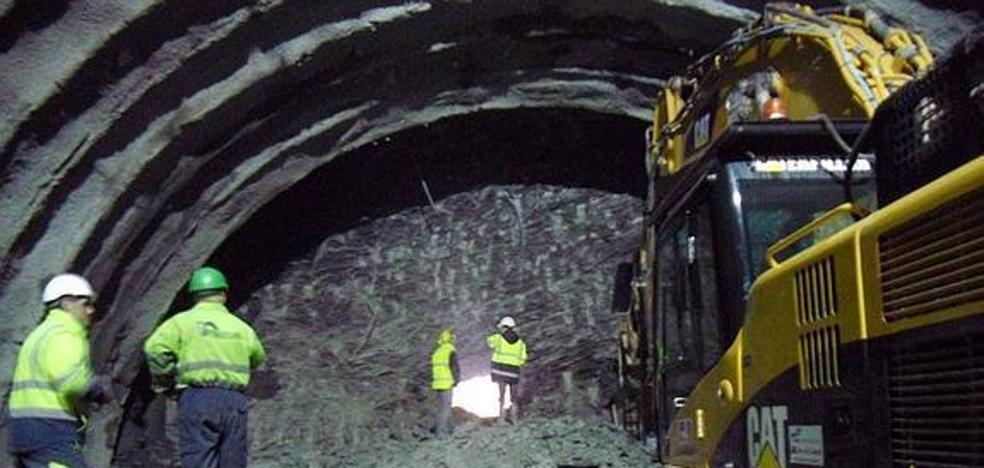 Fallece un trabajador de 30 años en las obras del túnel del TAV en Zizurkil