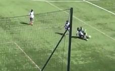 Le rompen la pierna a un futbolista de 9 años y el equipo rival le acusa de fingir