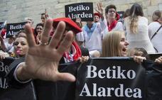 Urkullu pide «actitud constructiva» a instituciones y vecinos de Hondarribia