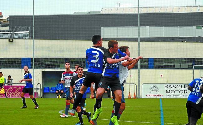 Más goles que fútbol en el Dunboa - Gure Txokoa que finalizó 6-3